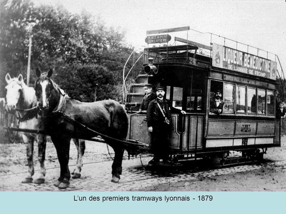 L'un des premiers tramways lyonnais - 1879