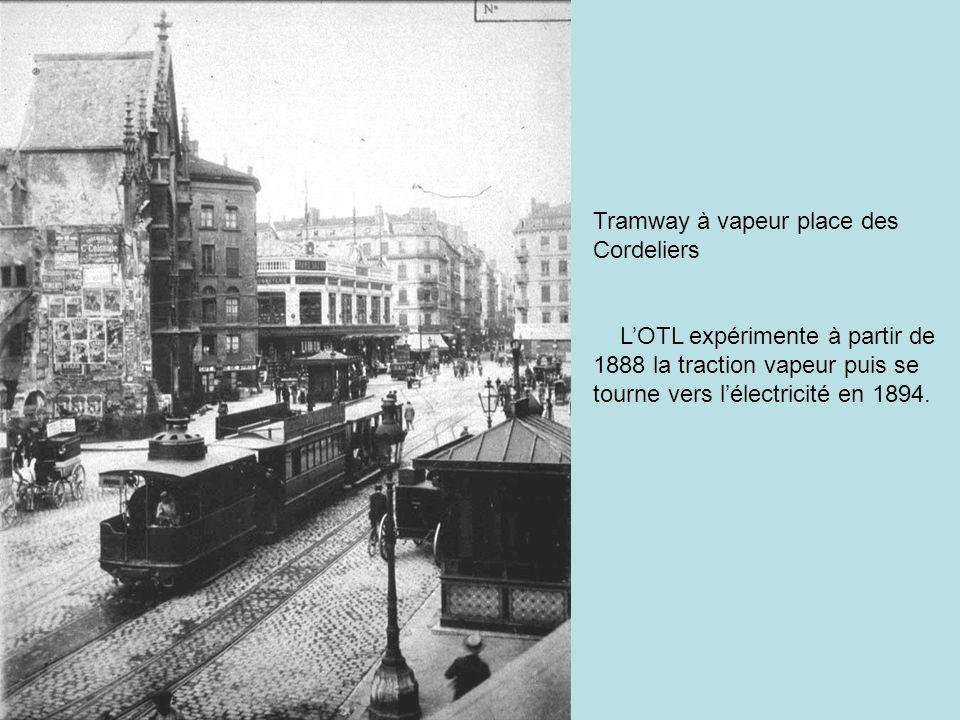 Tramway à vapeur place des Cordeliers