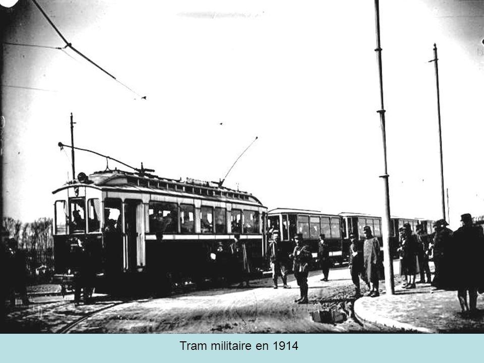 Tram militaire en 1914