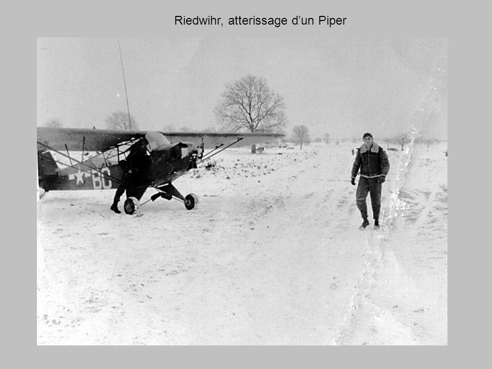 Riedwihr, atterissage d'un Piper