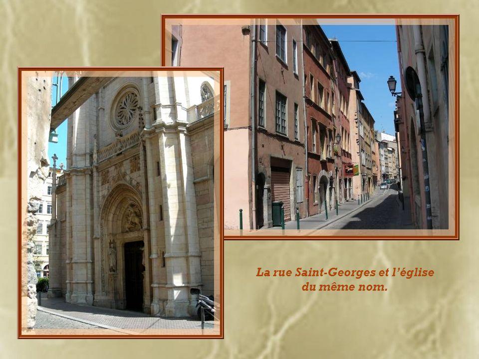 La rue Saint-Georges et l'église du même nom.