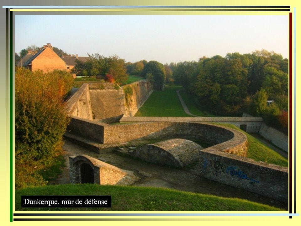 Dunkerque, mur de défense