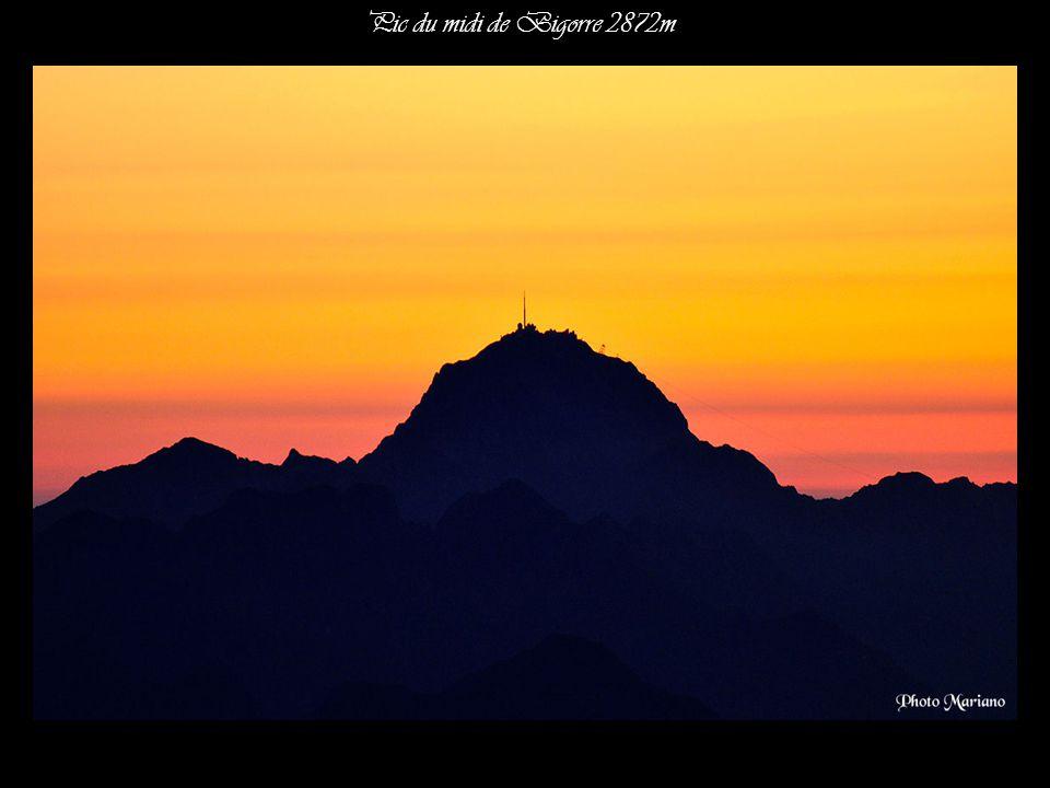 Pic du midi de Bigorre 2872m . . .