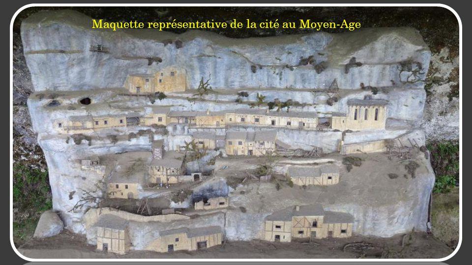 Maquette représentative de la cité au Moyen-Age
