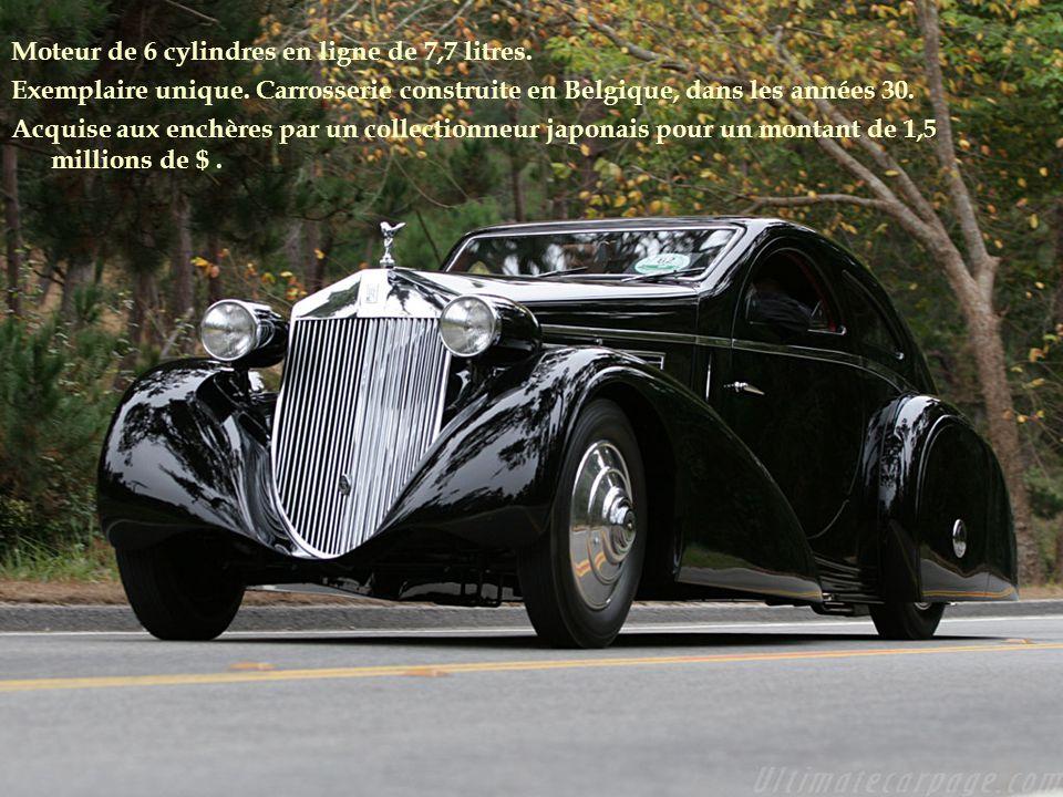 Moteur de 6 cylindres en ligne de 7,7 litres.