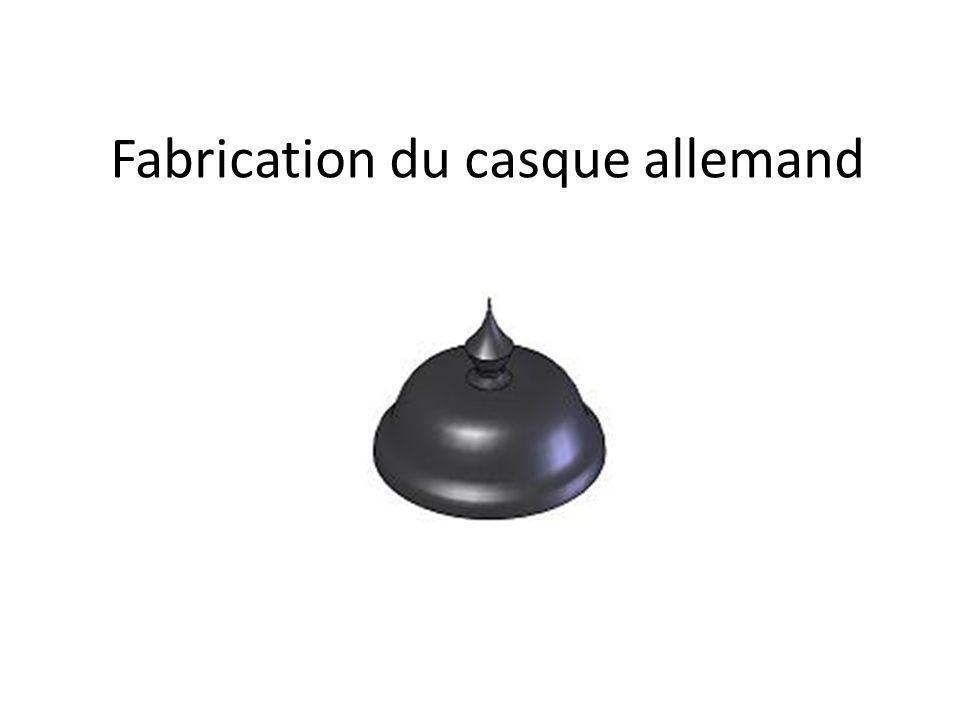 Fabrication du casque allemand