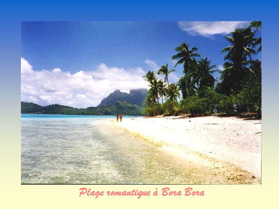Plage romantique à Bora Bora