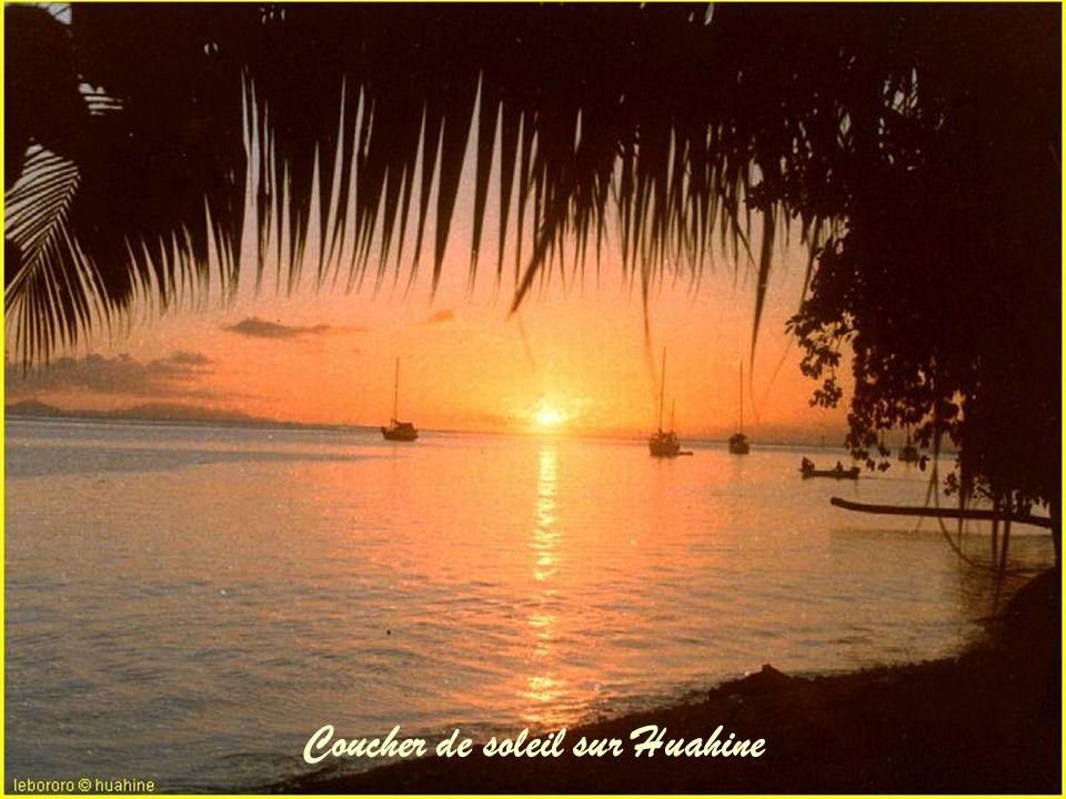 Coucher de soleil sur Huahine