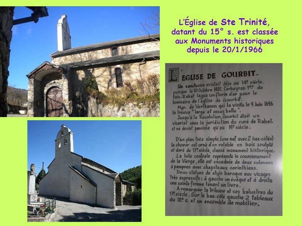 L'Église de Ste Trinité, datant du 15° s