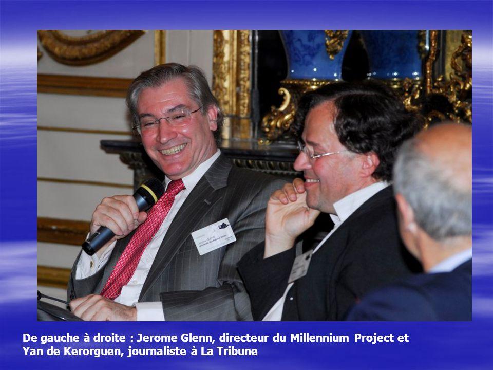 De gauche à droite : Jerome Glenn, directeur du Millennium Project et Yan de Kerorguen, journaliste à La Tribune