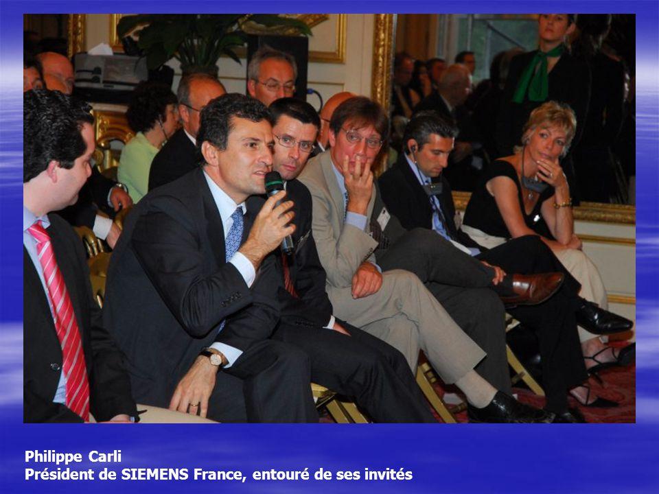 Philippe Carli Président de SIEMENS France, entouré de ses invités