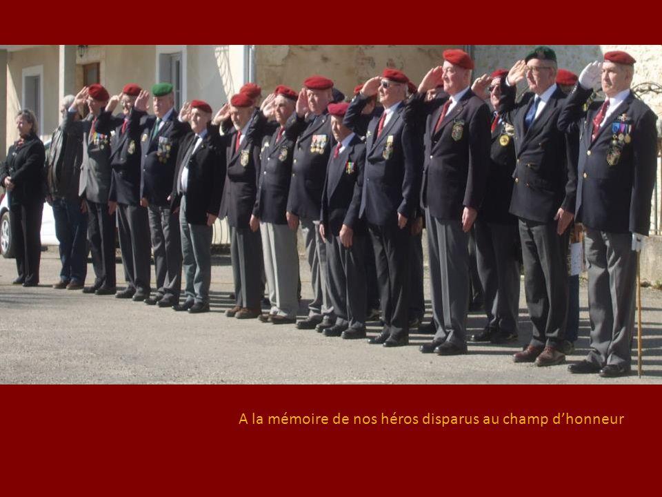 A la mémoire de nos héros disparus au champ d'honneur