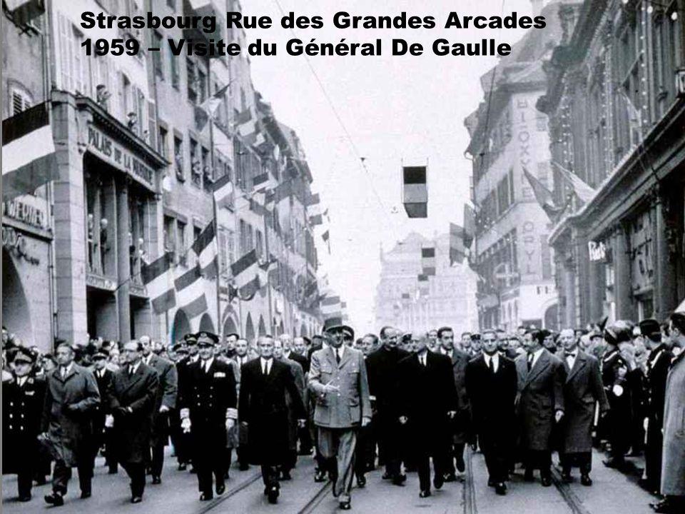 Strasbourg Rue des Grandes Arcades