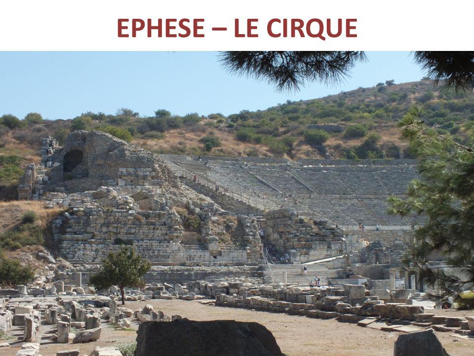 EPHESE – LE CIRQUE