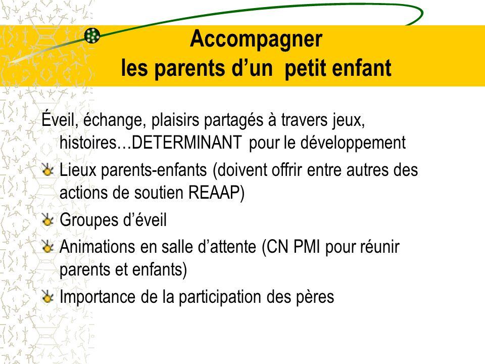 Accompagner les parents d'un petit enfant