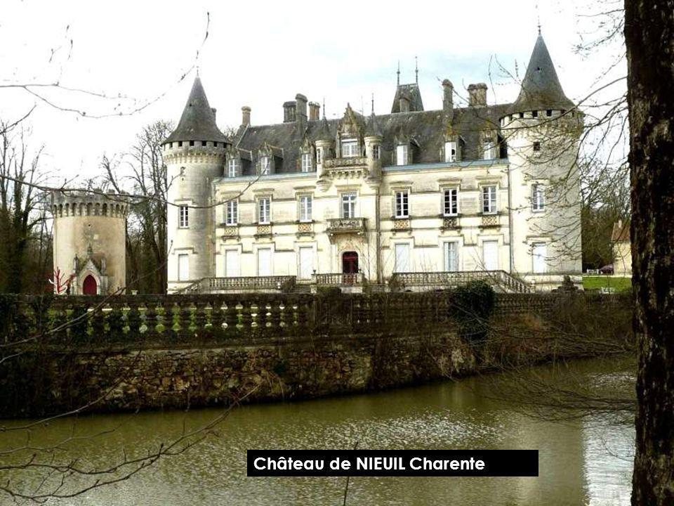 Château de NIEUIL Charente