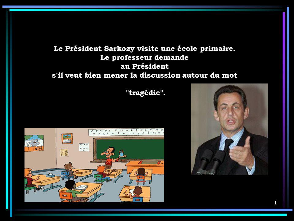Le Président Sarkozy visite une école primaire