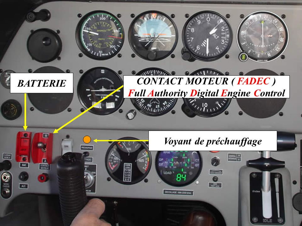 CONTACT MOTEUR ( FADEC ) Full Authority Digital Engine Control