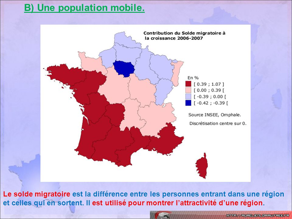 B) Une population mobile.