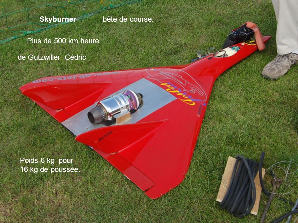 Skyburner bête de course. Plus de 500 km heure. de Gutzwiller Cédric.