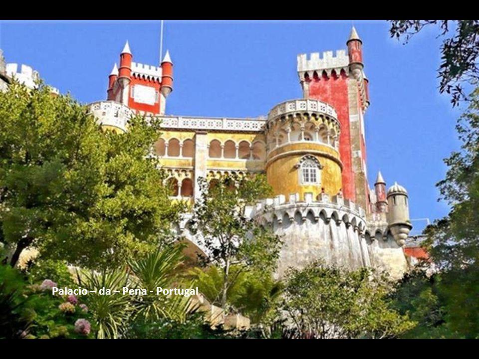 Palacio – da – Pena - Portugal
