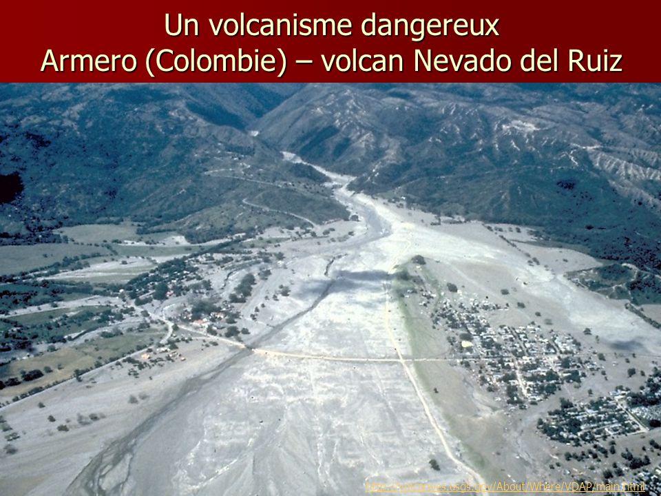 Un volcanisme dangereux Armero (Colombie) – volcan Nevado del Ruiz
