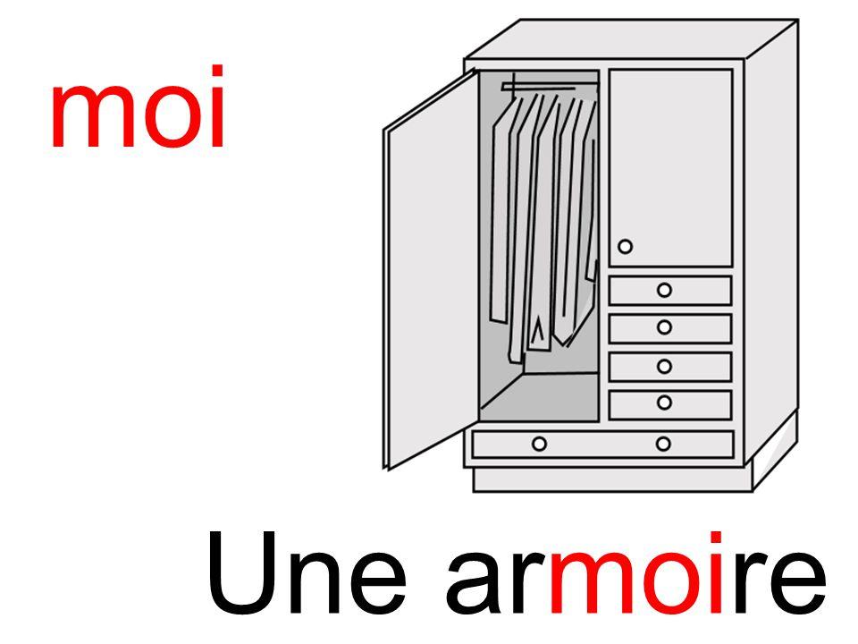 armoire moi Une armoire
