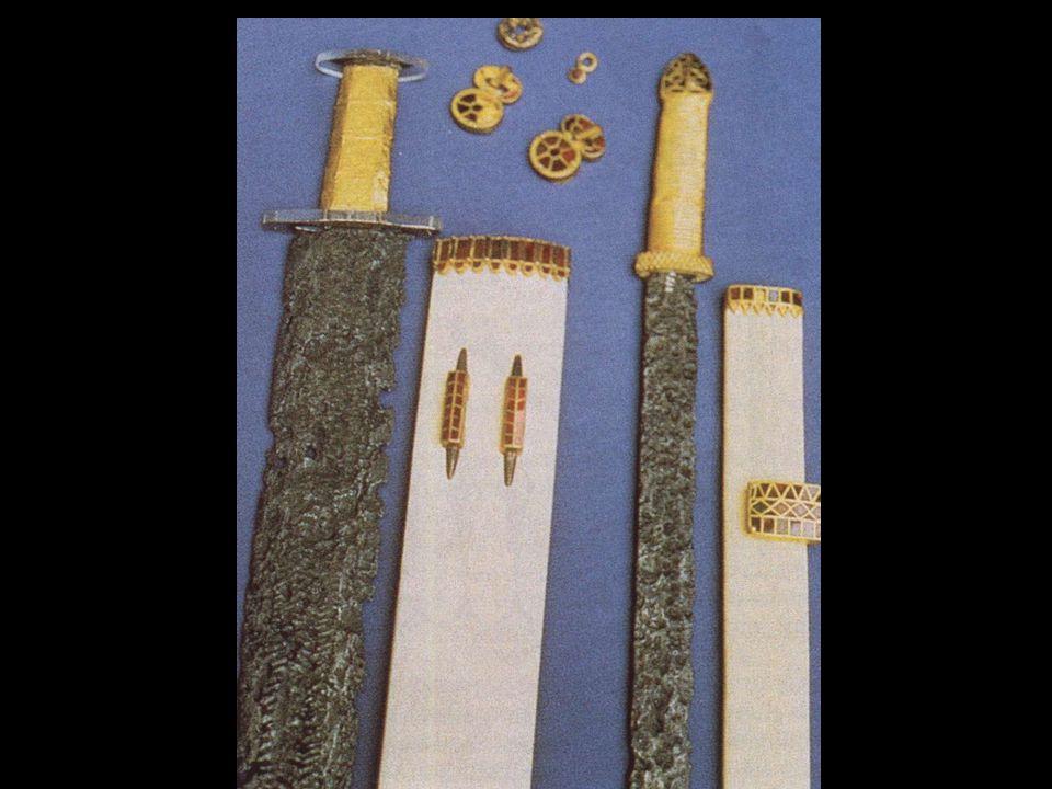 Epée et scramasaxe trouvés à Pouan (Aube)