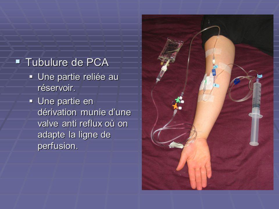 Tubulure de PCA Une partie reliée au réservoir.
