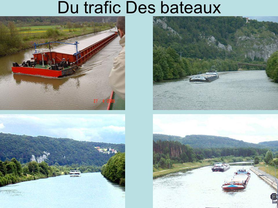 Du trafic Des bateaux