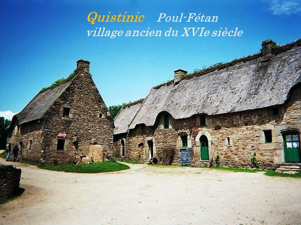 Quistinic Poul-Fétan village ancien du XVIe siècle