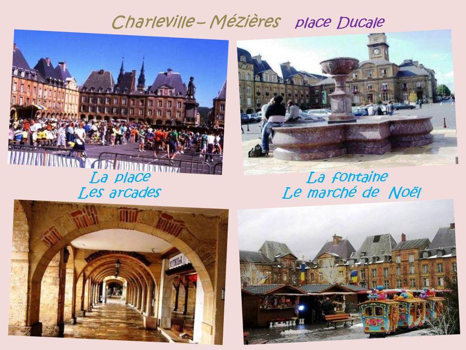 Charleville – Mézières place Ducale