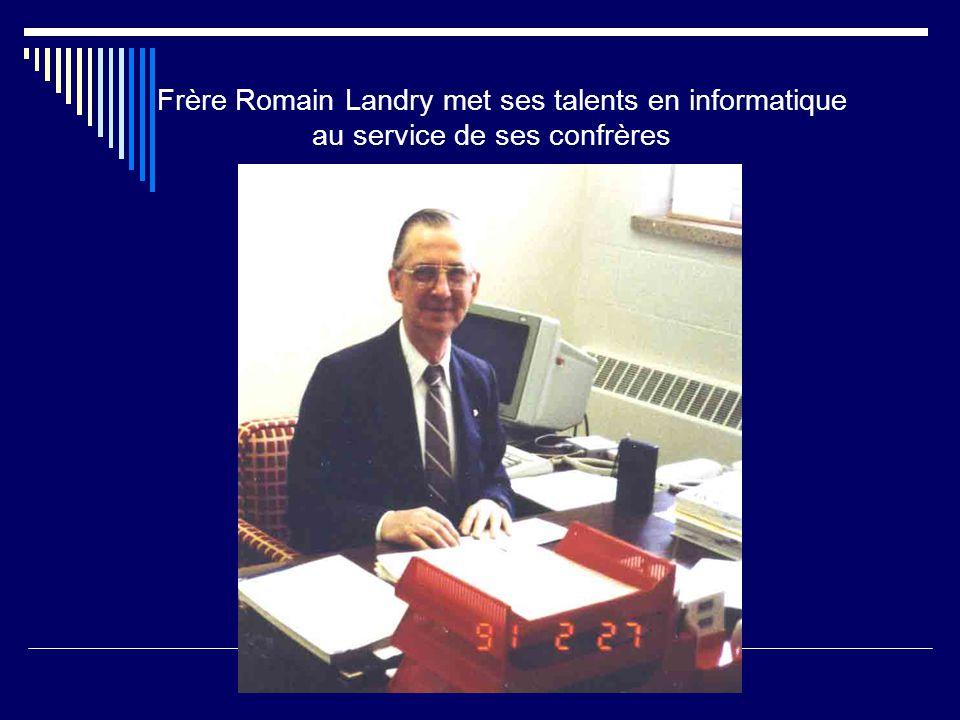 Frère Romain Landry met ses talents en informatique au service de ses confrères