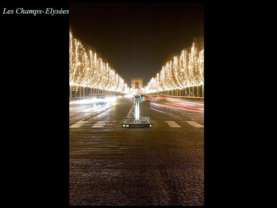 Les Champs- Elysées