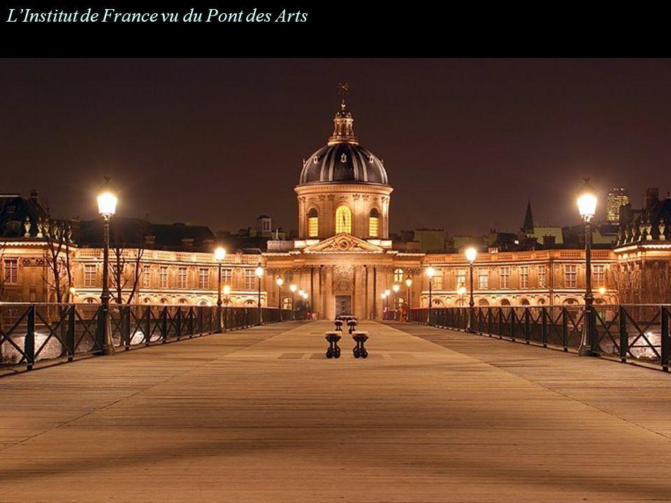L'Institut de France vu du Pont des Arts