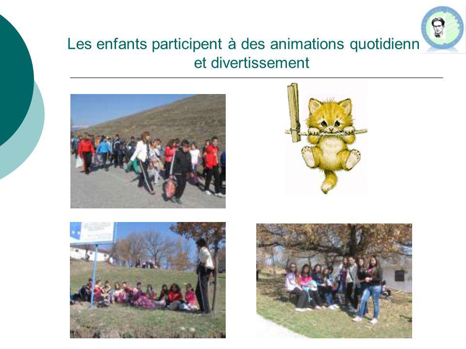 Les enfants participent à des animations quotidiennes et divertissement