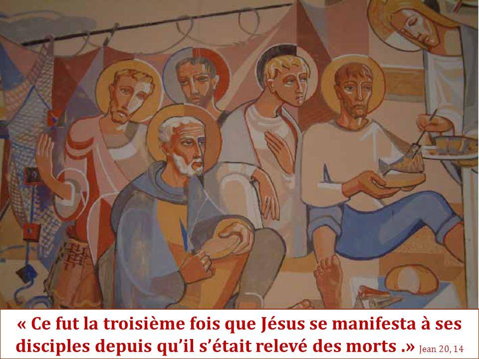 « Ce fut la troisième fois que Jésus se manifesta à ses disciples depuis qu'il s'était relevé des morts .» Jean 20, 14