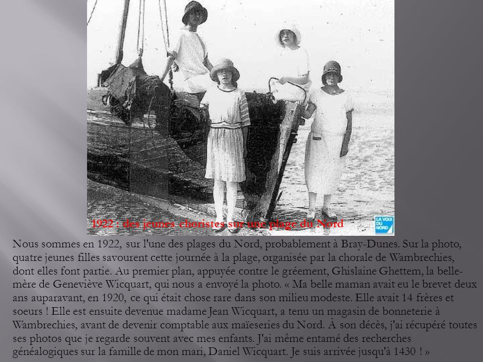 1922 : des jeunes choristes sur une plage du Nord