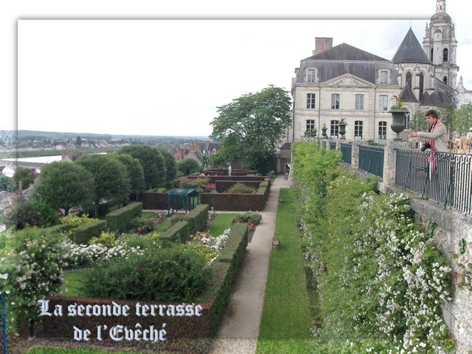 La seconde terrasse de l'Evêché