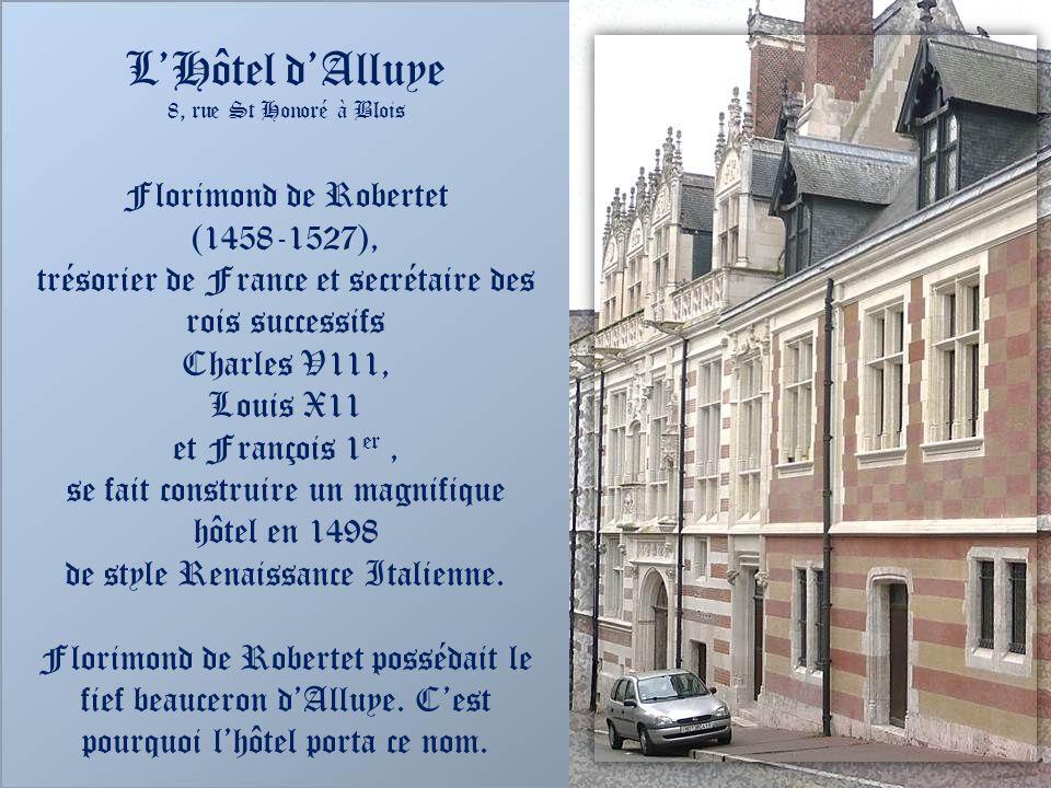 trésorier de France et secrétaire des rois successifs