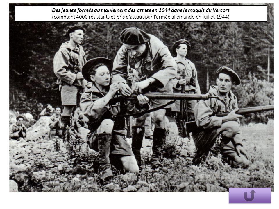 Des jeunes formés au maniement des armes en 1944 dans le maquis du Vercors