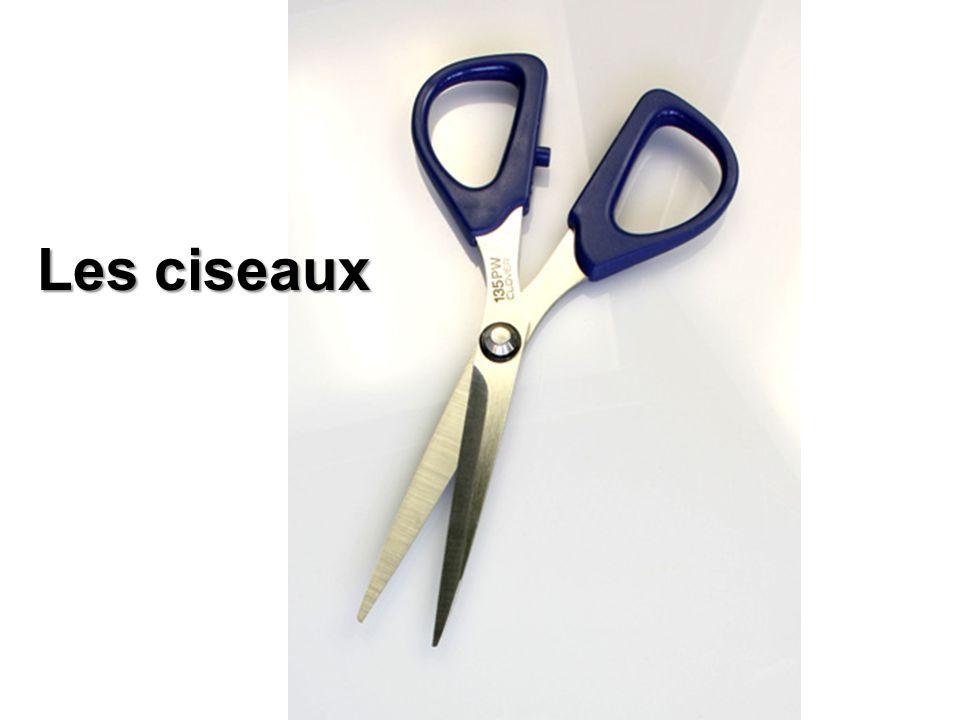 Les ciseaux