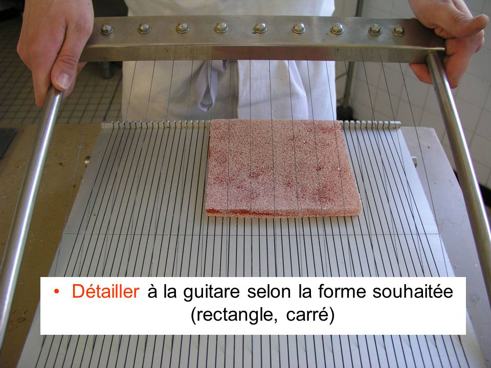 Détailler à la guitare selon la forme souhaitée (rectangle, carré)