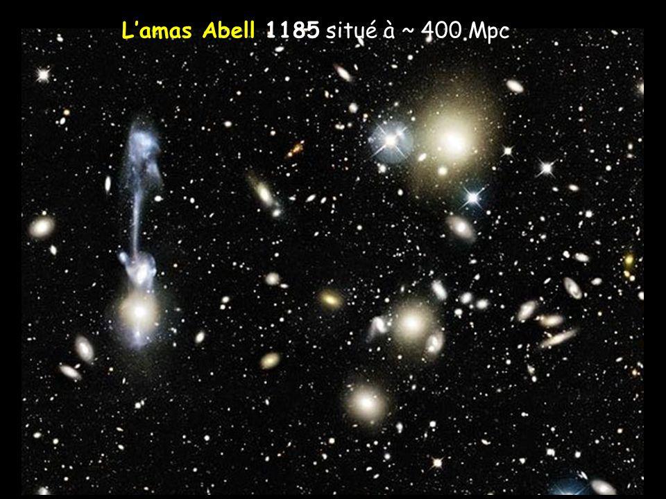 L'amas Abell 1185 situé à ~ 400 Mpc
