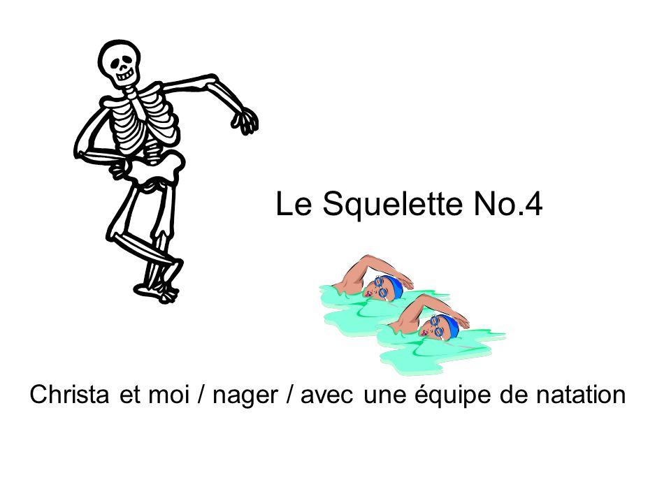 Le Squelette No.4 Christa et moi / nager / avec une équipe de natation