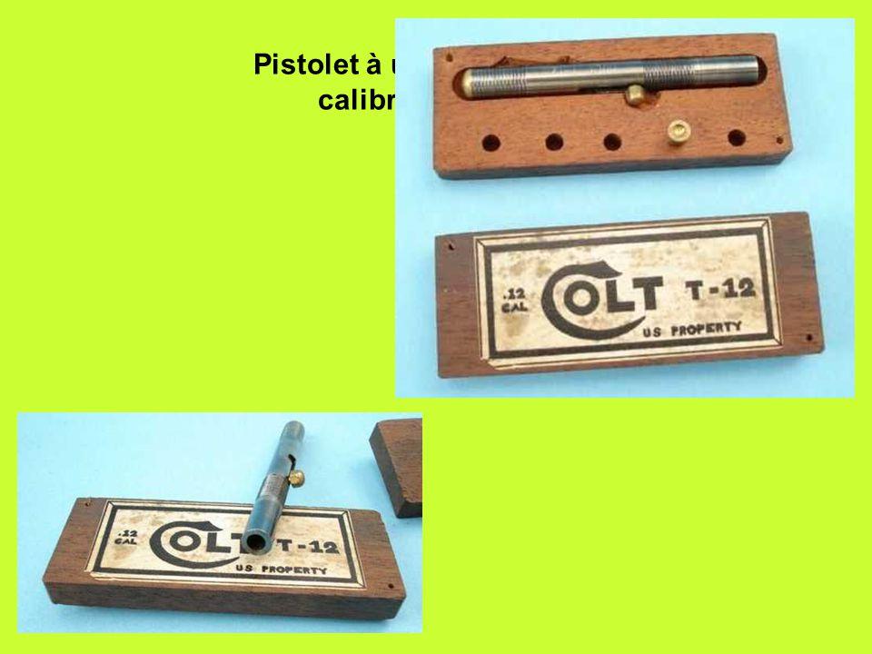 Pistolet à un coup de Colt, calibre .12 (3mm)