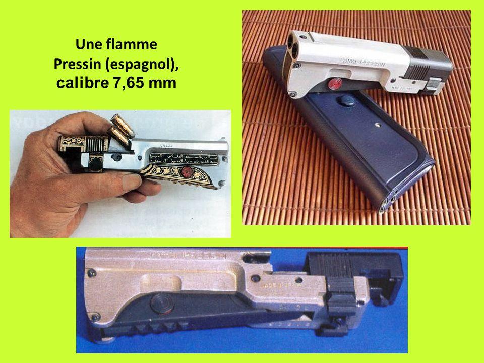 Une flamme Pressin (espagnol), calibre 7,65 mm