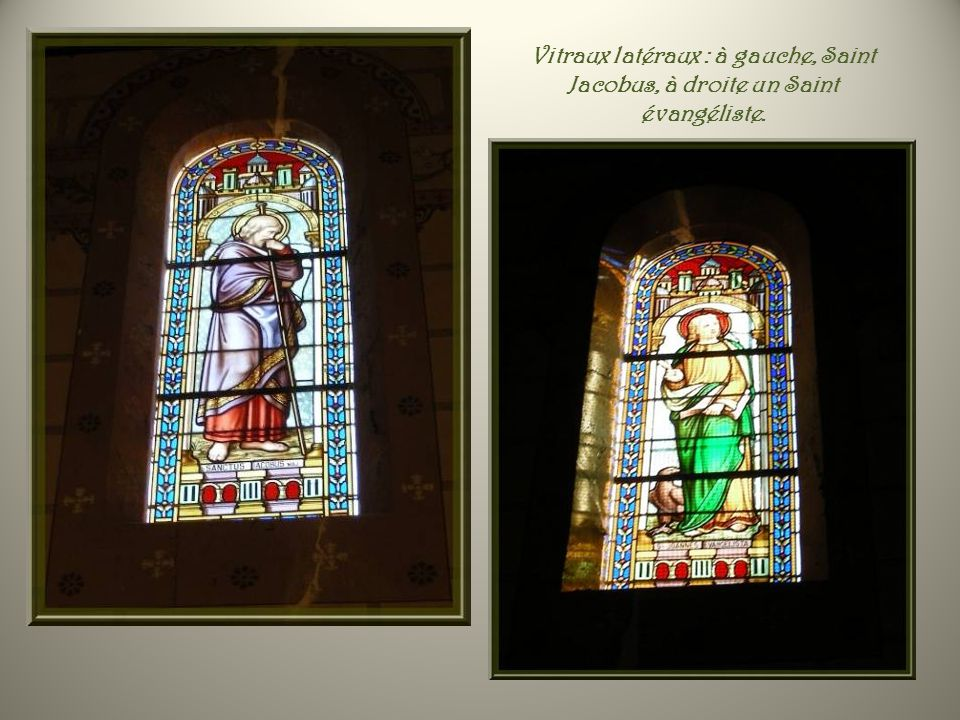 Vitraux latéraux : à gauche, Saint Jacobus, à droite un Saint évangéliste.
