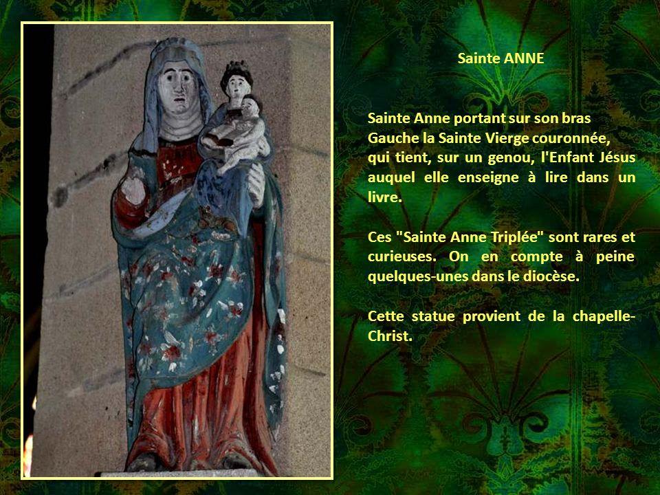 Sainte ANNE Sainte Anne portant sur son bras. Gauche la Sainte Vierge couronnée,