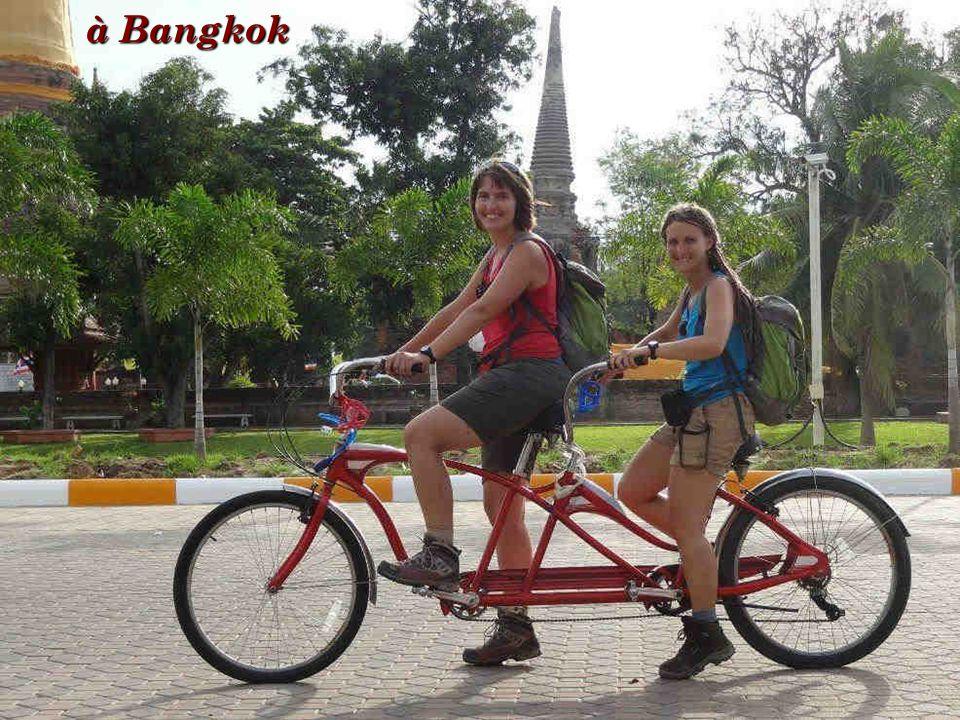 à Bangkok